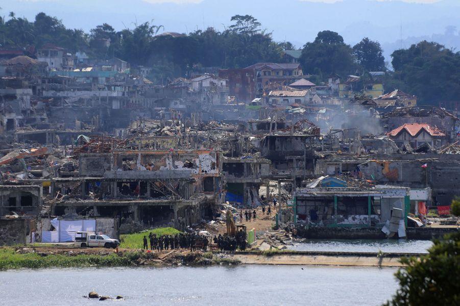 Après cinq mois de combats, la bataille contre les jihadistes est terminée à Marawi, aux Philippines.