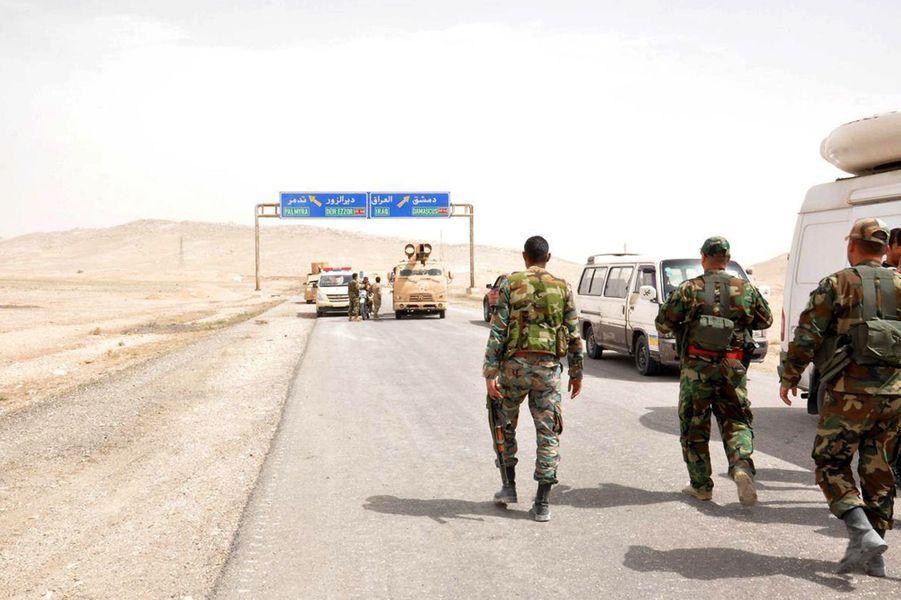 Avec l'aide russe, l'armée syrienne se rapproche de Palmyre