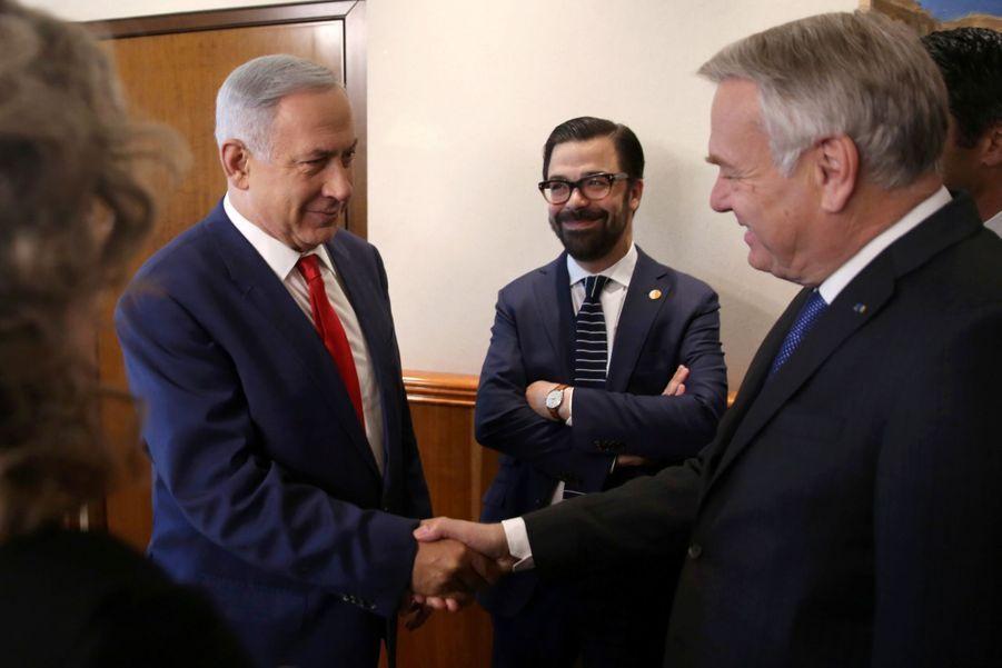 """Ayrault réfute les doutes de Netanyahu sur l'""""impartialité"""" de la France"""