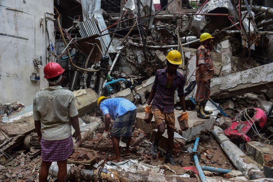 Explosion d'une usine de textile le 3 juillet 2017 au Bangladesh.
