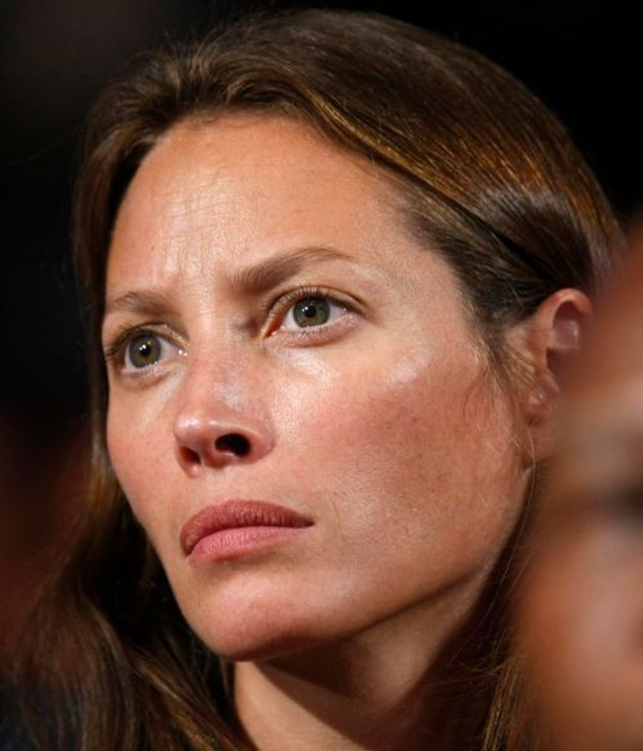 Ou encore le top Christy Turlington, magnifique sans maquillage.