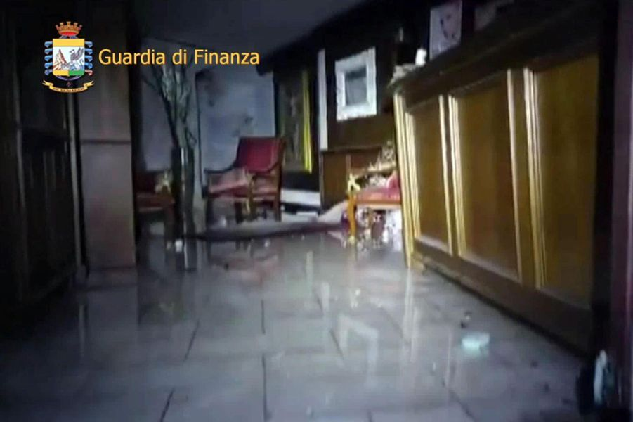 L'hôtel Rigopiano dévasté par une avalanche.