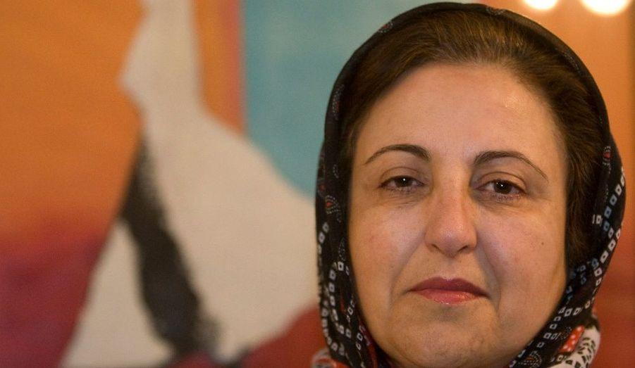 Prix Nobel de la Paix en 2003, la première femme iranienne à devenir juge est un symbole de l'opposition à la dictature islamique.