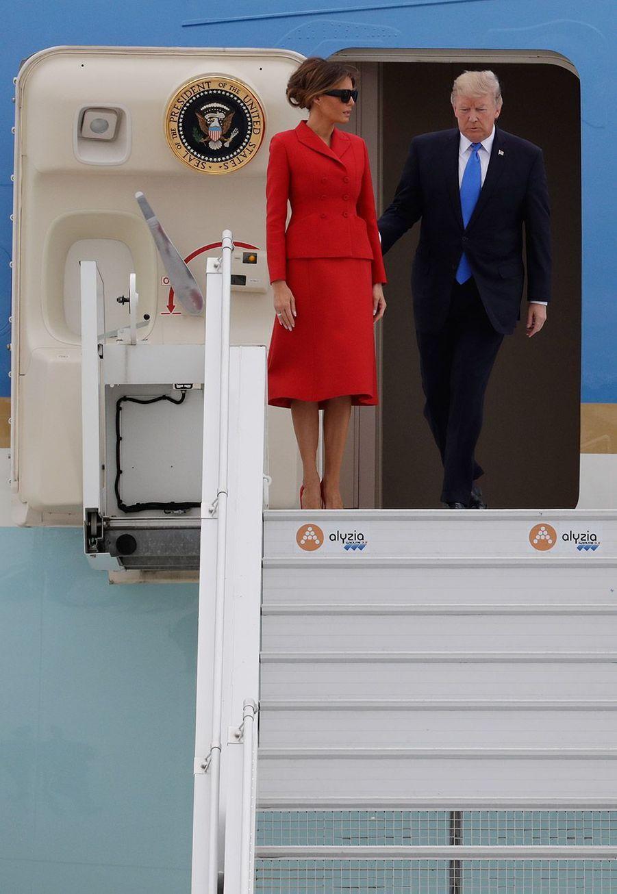 Donald et Melania Trump à leur arrivée à Paris, jeudi