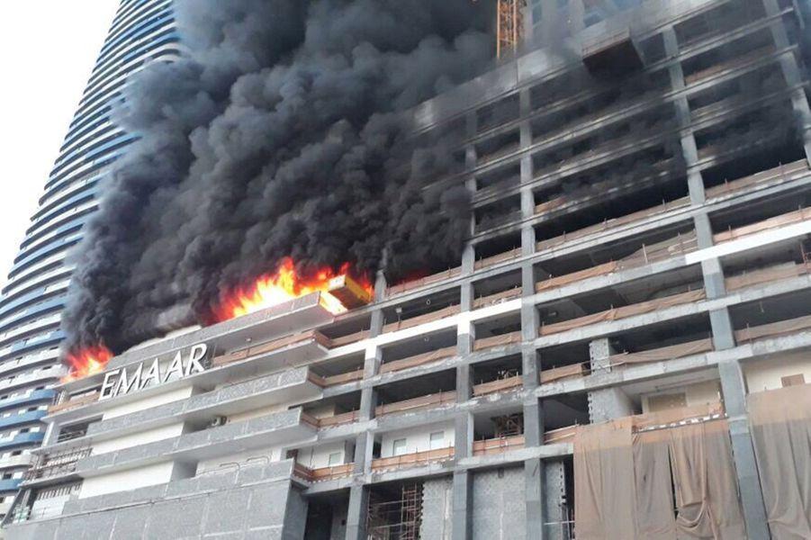 Un incendie s'est déclaré dimanche àDubaï