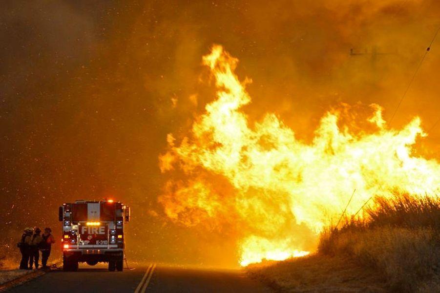 En Californie la canicule attise les flammes