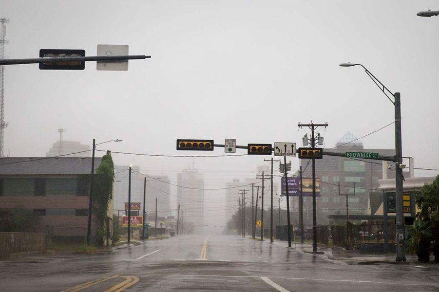 L'ouraganHarvey menace le Texas.
