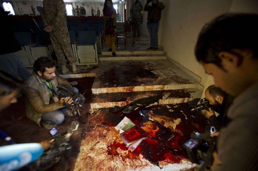 L'attaque de l'école de Peshawar a fait 141 morts