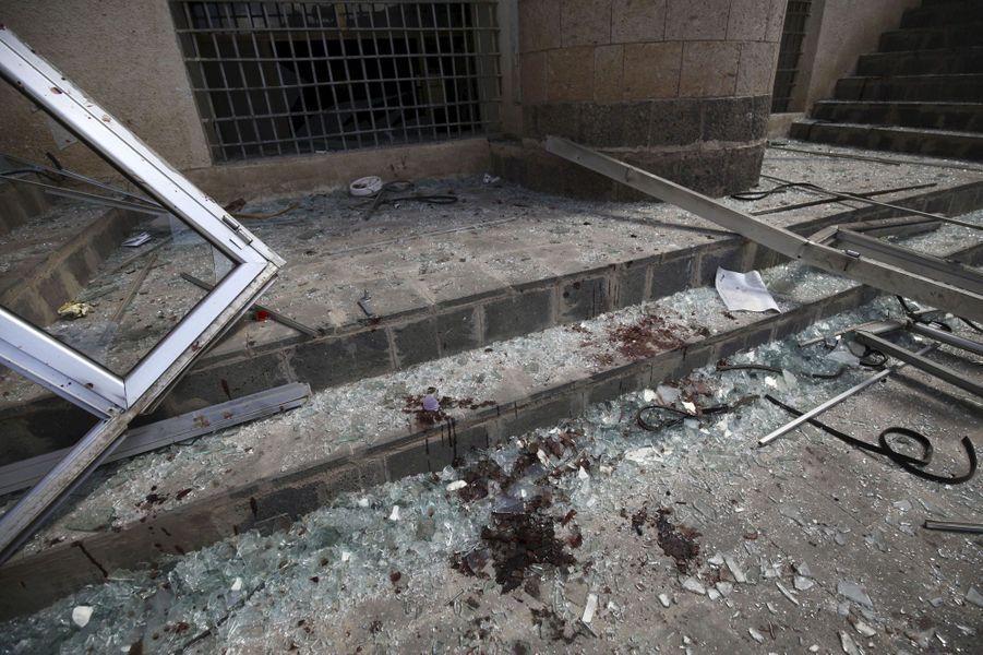 Attaque sanglante au Yémen, 142 morts