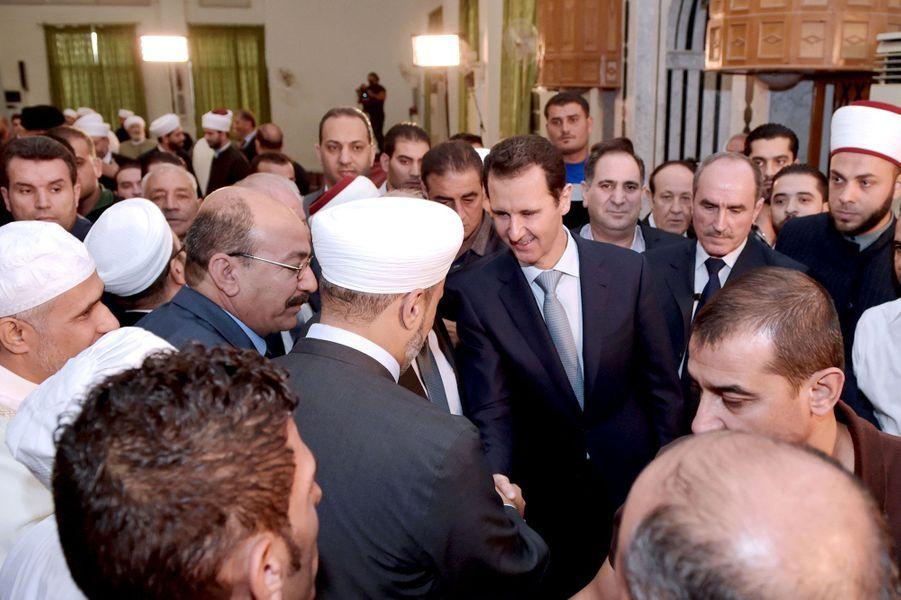 Bachar El-Assad fête l'Aīd