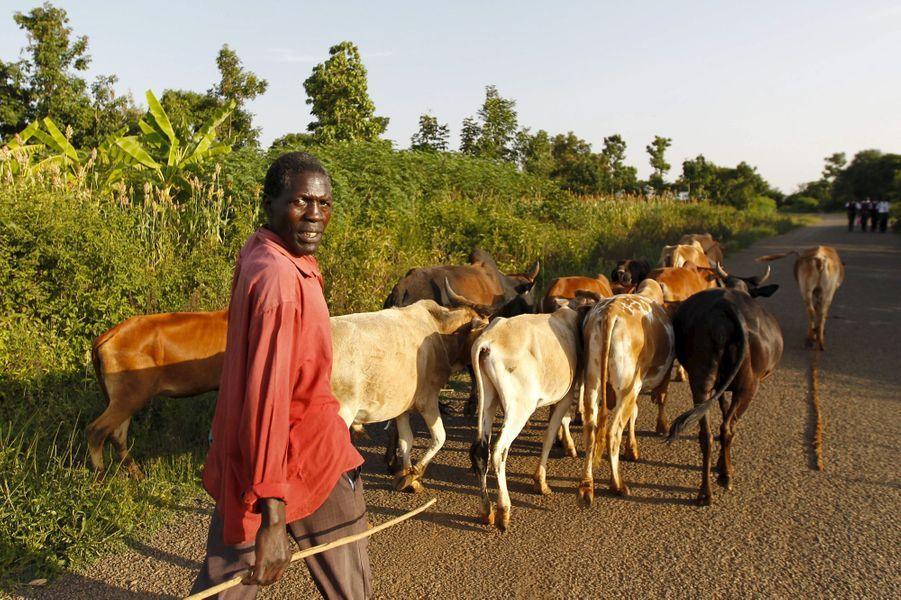 Timothy Adede, 50 ans, fermierà Kogelo, le village où est né le père de Barack Obama.