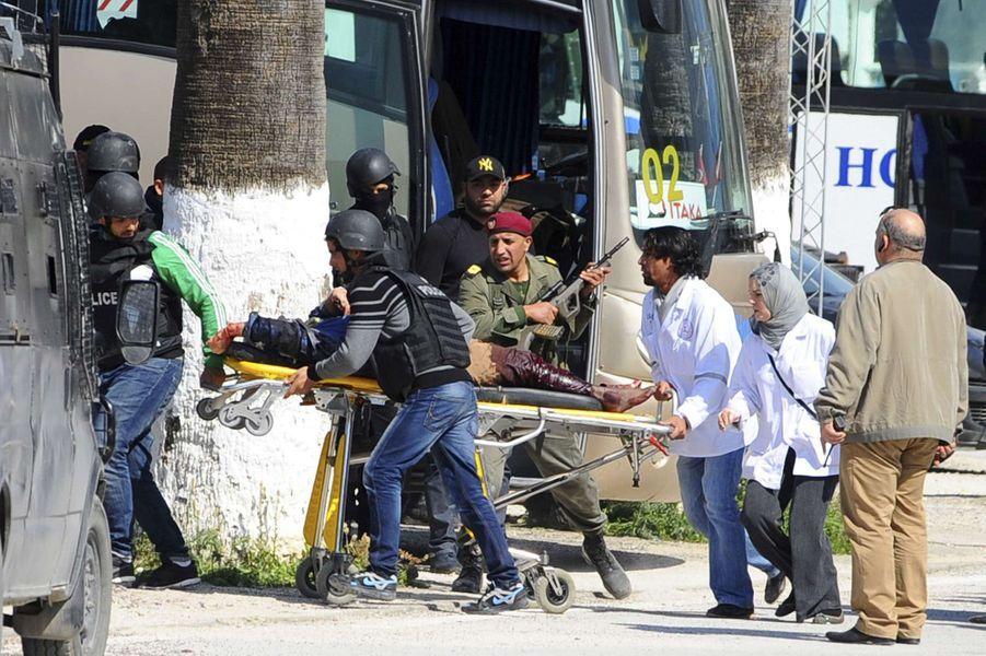 L'attaque terroriste sur le musée national du Bardo à Tunis a fait 19 morts