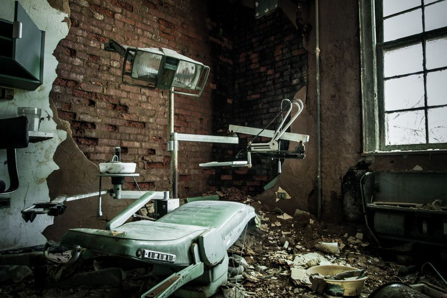 Dans les entrailles de l'asile infernal
