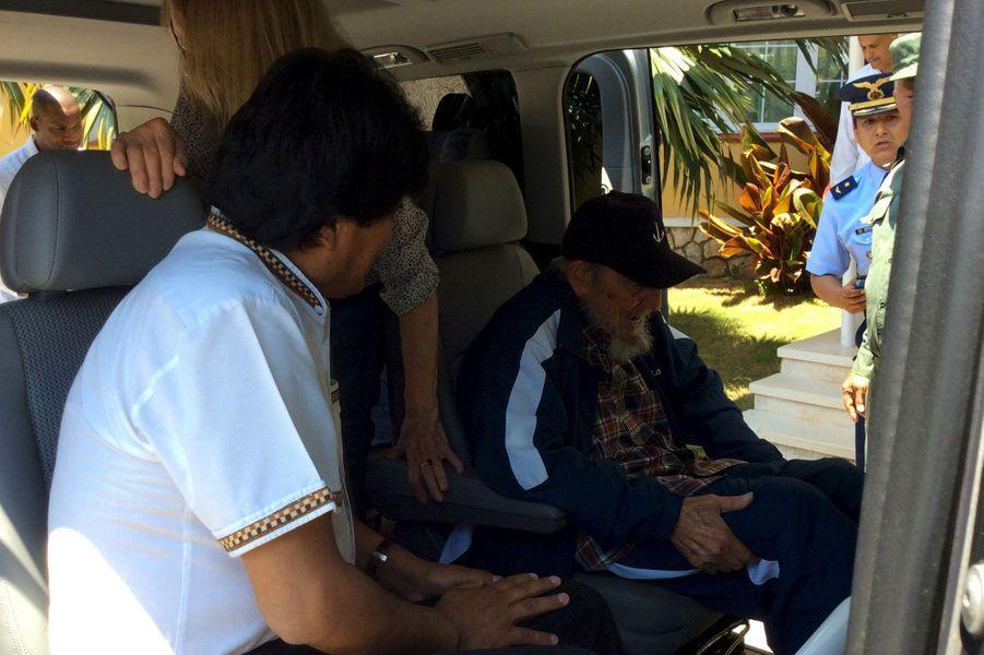 Fidel Castro de sortie avec Morales et Maduro