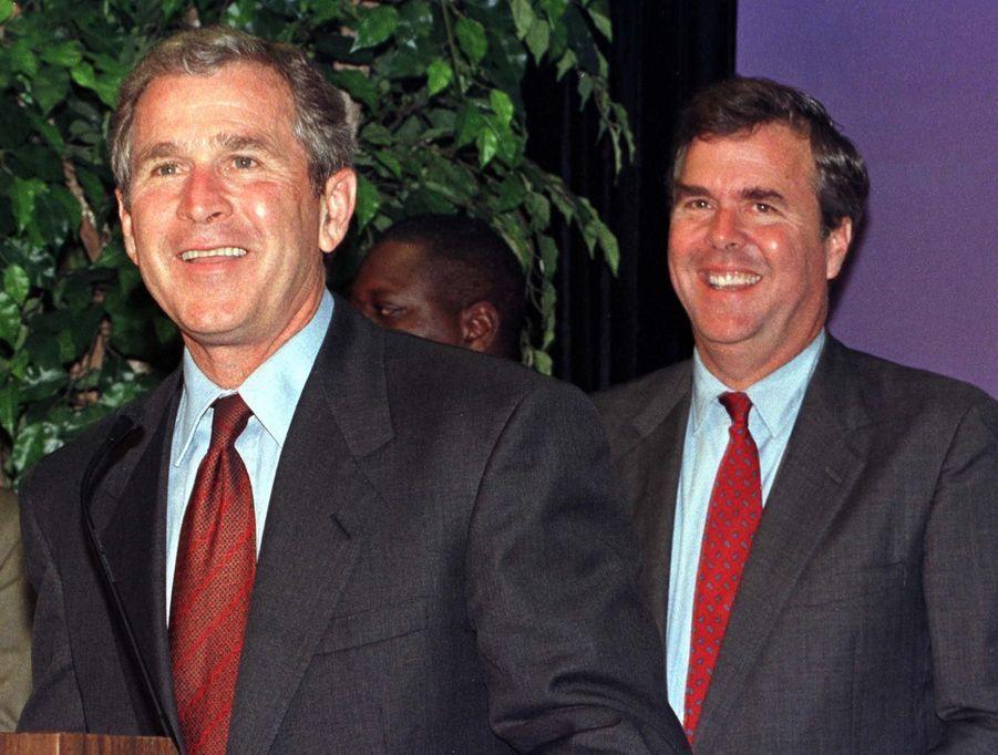 Jeb et George en 1999