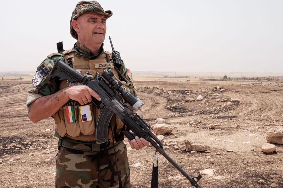 Jim, le grand-père britannique parti combattre Daech en Irak