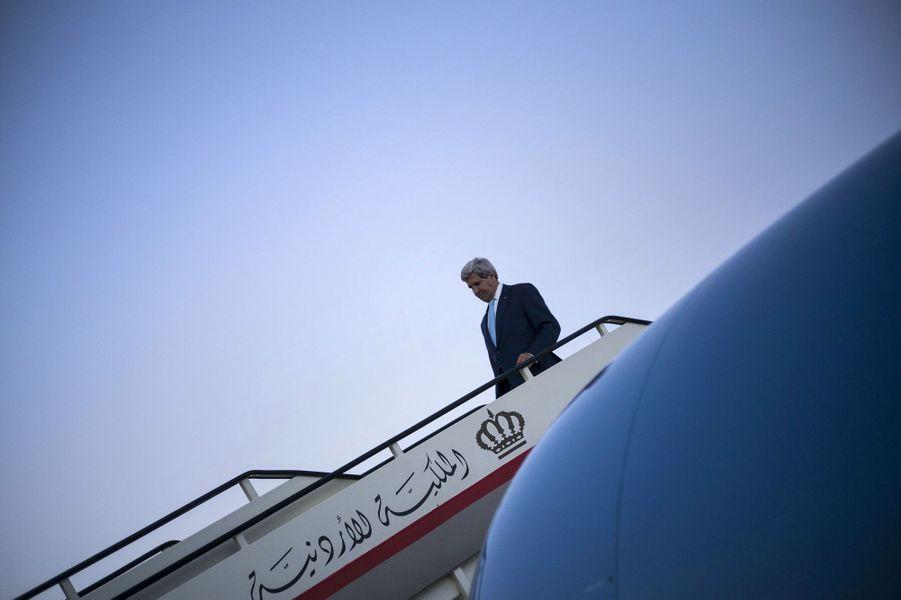 John Kerry. Sa tournée pour la paix