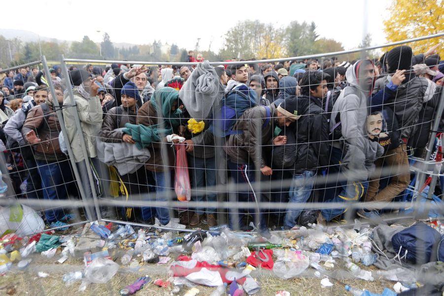 """L'Autriche veut une """"barrière"""""""