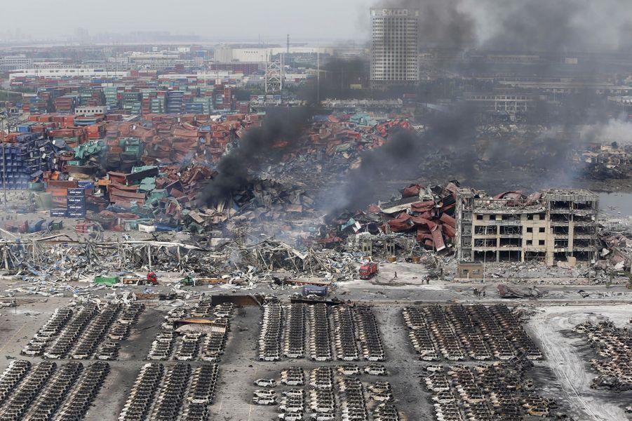 La crainte d'une pollution chimique à Tianjin après les explosions