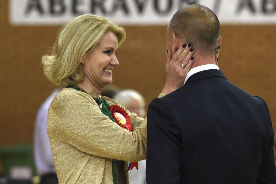 Le mari de la Première ministre Helle Thorning-Schmidt a été élu au Parlement anglais