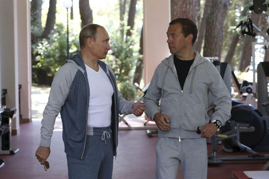 La surréaliste séance de muscu de Poutine et Medvedev