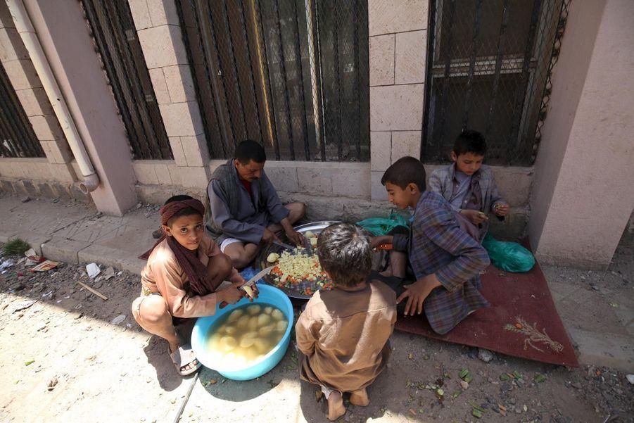 Le semblant de trêve humanitaire est fini