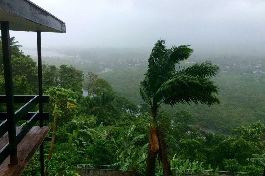 Des vents de presque 300km/h ont balayé les îles Fidji