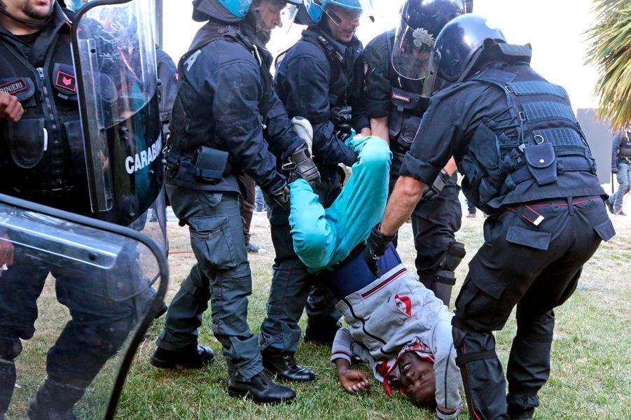 Les larmes des migrants ne sécheront pas