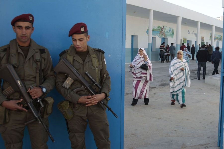 Les Tunisiens appelés aux urnes