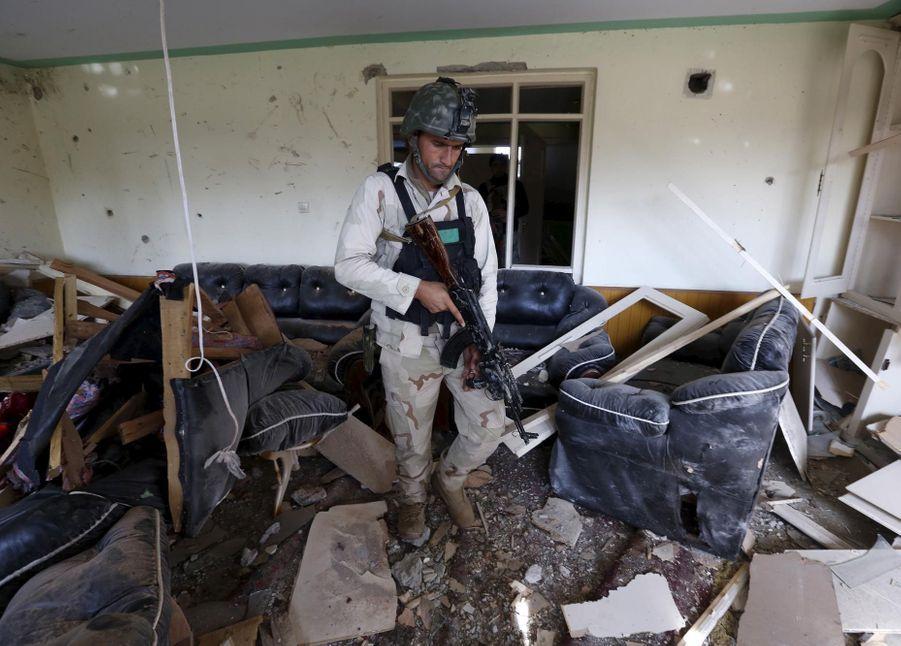Premier attentat de l'EI contre l'Etat pakistanais