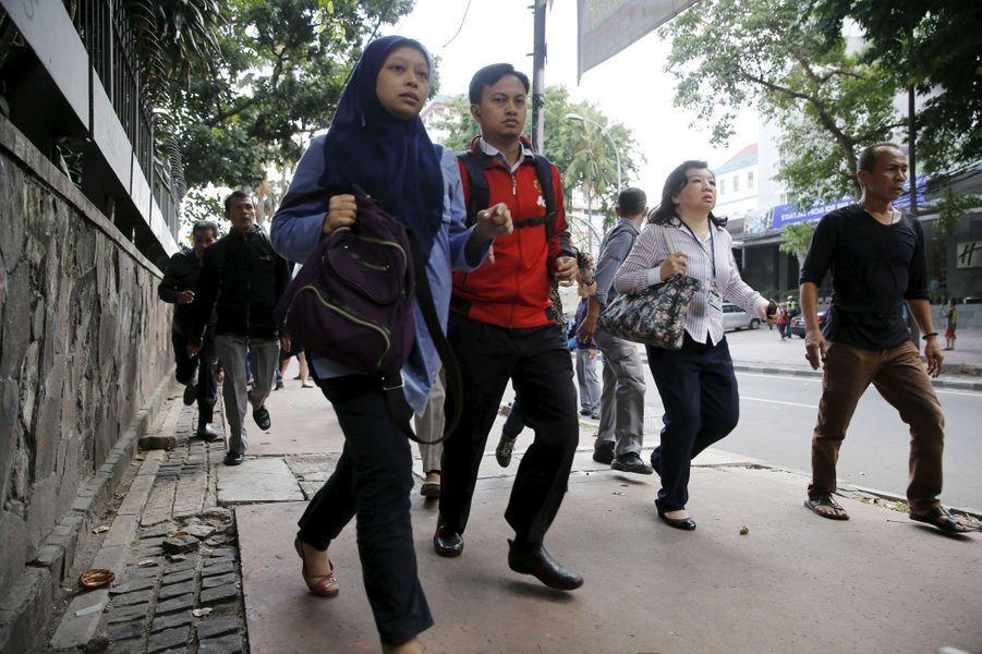 Scènes de chaos en plein Jakarta