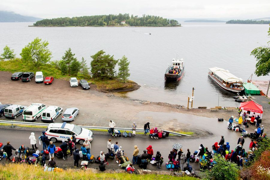 Les jeunes travaillistes reprennent possession de l'île d'Utoya