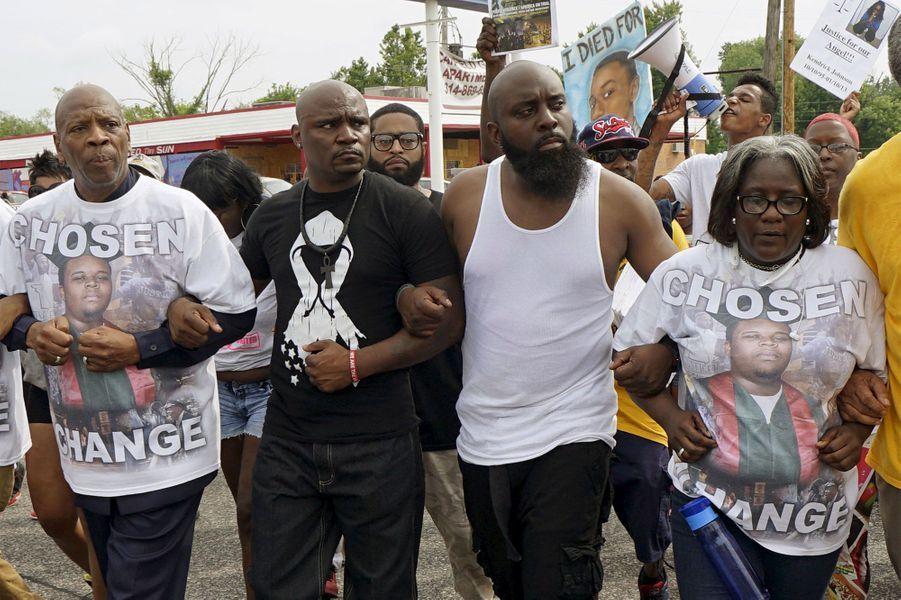 Un an après, Ferguson n'oublie pas