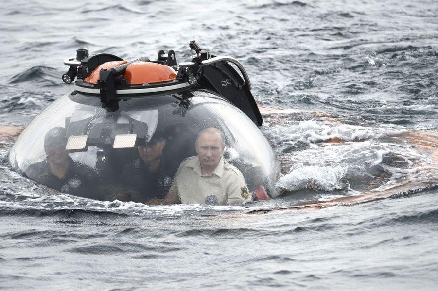 Un tour en bathyscaphe pour Vladimir Poutine en Crimée