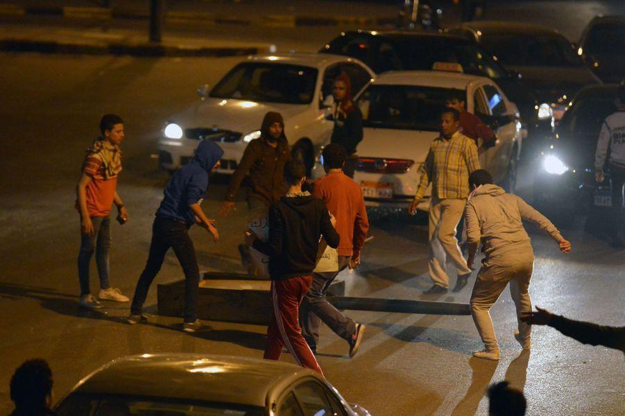 Violentes manifestations au Caire
