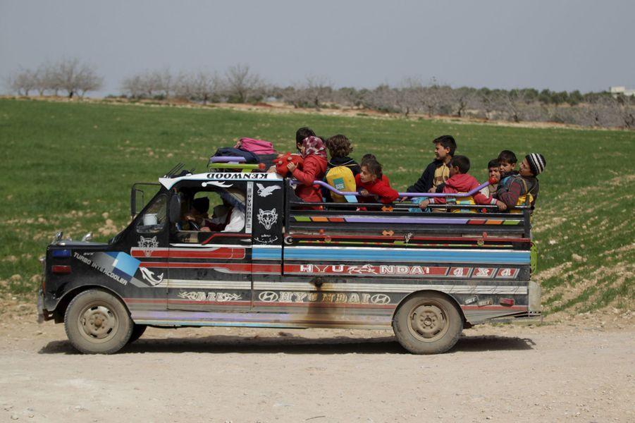 En Syrie, une ferme avicole est devenue une école