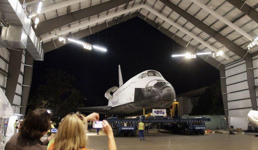 Dimanche soir, «Endeavour» est finalement arrivée dans le hangar du California Space Center où elle passera sa retraite.