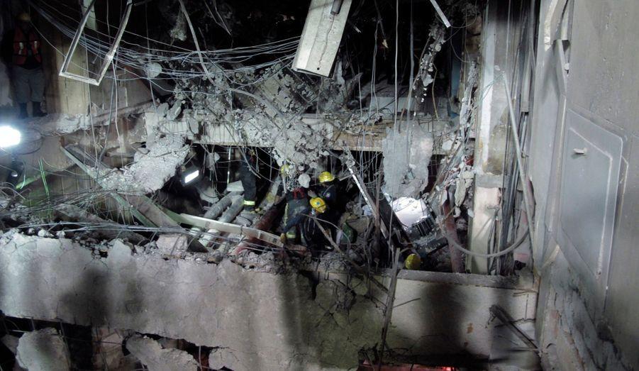 Plusieurs étages de l'immeuble ont été touchés par l'explosion.