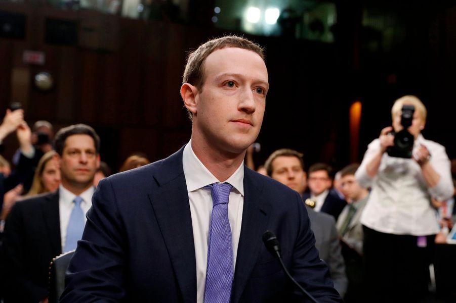Le fondateur et de PDG de Facebook, Mark Zuckerberg, a reconnu la grosse erreur de sa société devant le Congrès américain, incapable de protéger les données de ses utilisateurs.