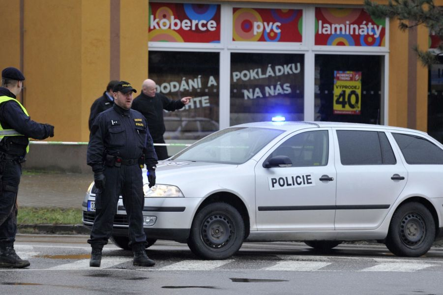 Fusillade dans un restaurant tchèque