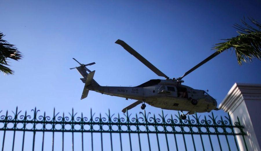 Les Etats-Unis ont envoyé des troupes et des moyens supplémentaires.