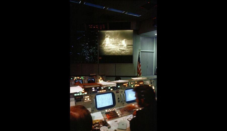Au centre de contrôle de Houston, Texas