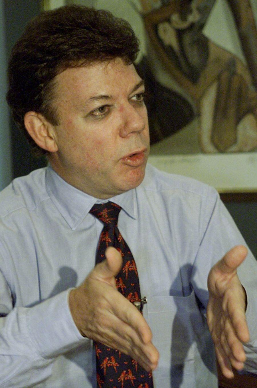 Juan Manuel Santos, alors ministre des Finances, en juillet 2000.