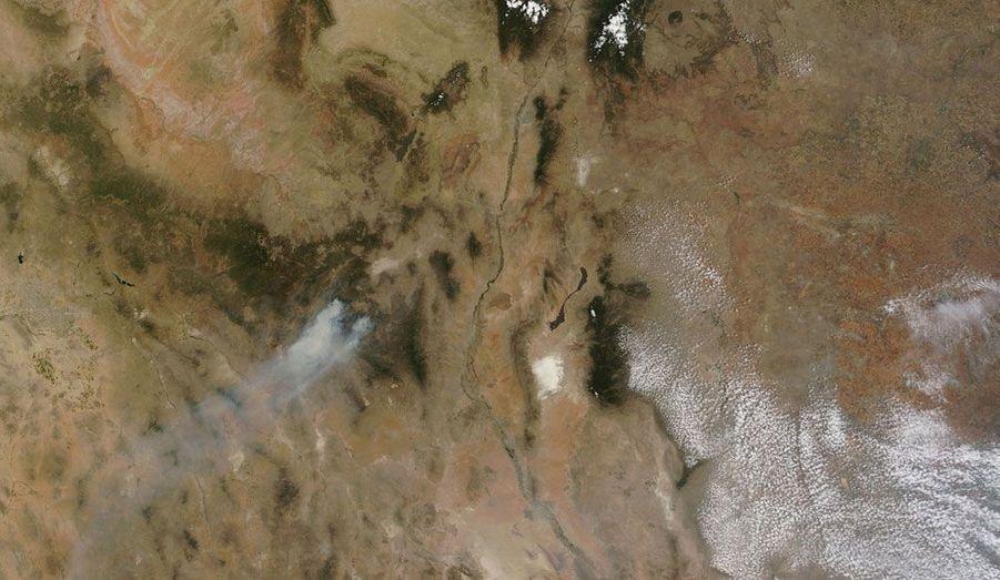 Un vaste feu de forêt dans un parc naturel du Nouveau-Mexique, aux Etats-Unis, photographié par un satellite de la Nasa.