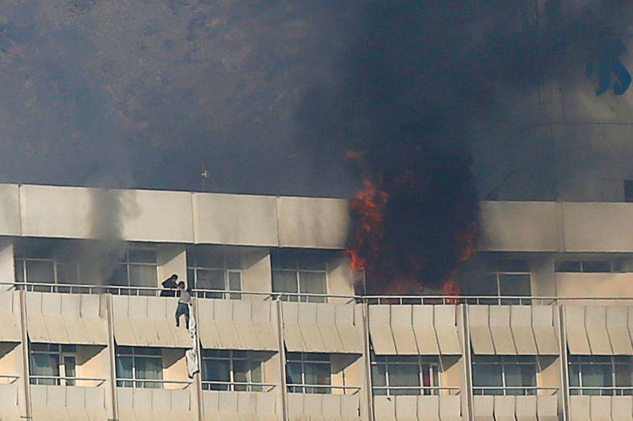 L'attentat contre l'hôtel Intercontinental a fait au moins 18 victimes à Kaboul, le 20 janvier 2018.