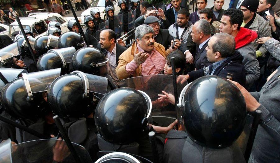 Des manifestations aussi au Caire
