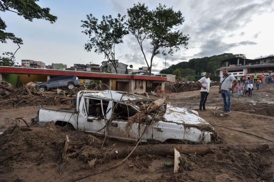 Une Coulée De Boue Dans Le Sud De La Colombie Fait Plus De 200 Morts 1