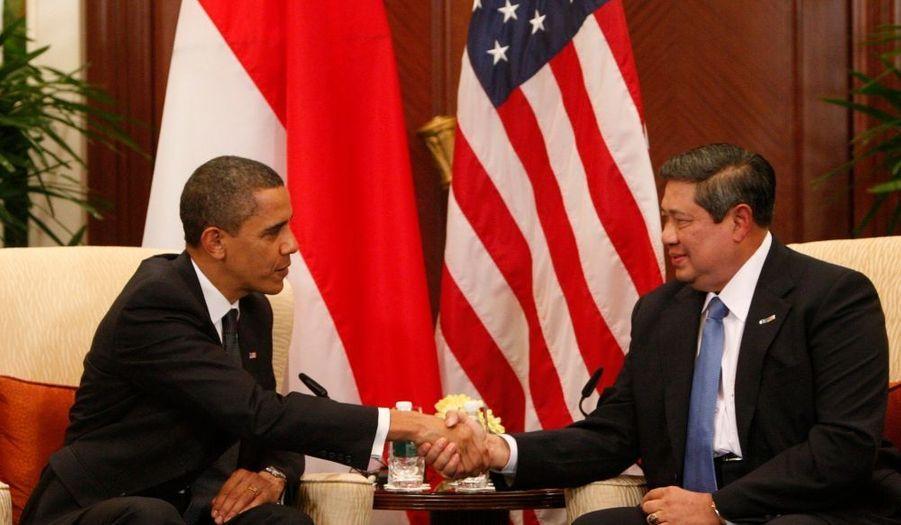 Dimanche, Barack Obama a également profiter du sommet de l'Apec pour s'entretenir avec le président Indonésien Susilo Bambang Yudhoyono.