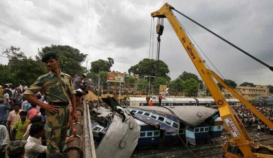 Selon un habitant, les sauveteurs sont arrivés près de trois heures après le drame.