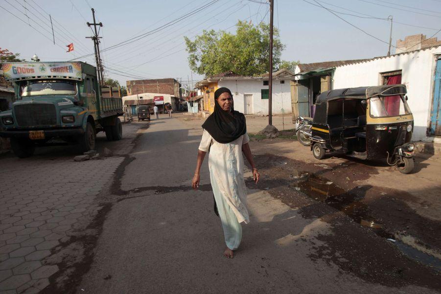 Fatima Munshi en juin 2012, quatre mois après avoir retrouvé son fils disparu depuis 25 ans.